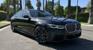 BMW 750 front