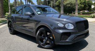 Bentley Bentayga V8 front